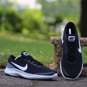 best service 5da9c 6b349 Nike Shoes - NIKE Men s US-10 Flex Experience 7 Running Shoes